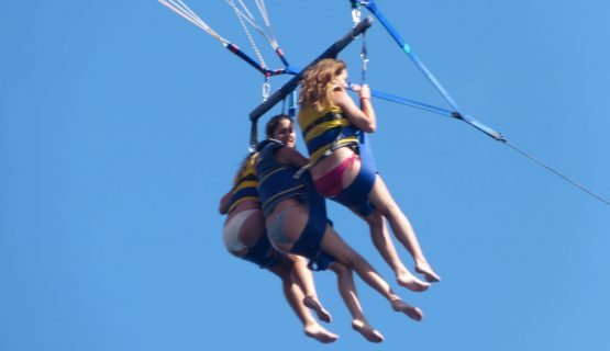 parasailing-on-the-boat-party
