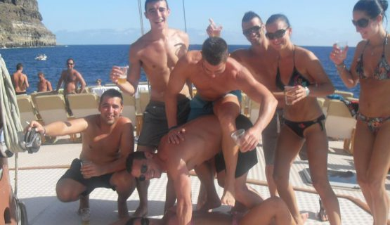 group of friends on the mtv boat party